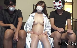 JAV FC2 - Pregnant Women with Glasses gets a Creampie