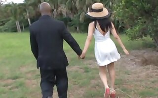 Peripheral exhausted video be beneficial to pretty Mizuki Miri sucking a liberal black dick