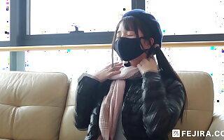 Fejira com – Latex girl's antisocial caper