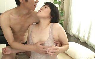 Disparaging Japanese of age Sanada Youko enjoys getting fucked enduring