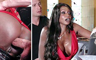 Bartender banged buzzed women bore going to bed in 3some