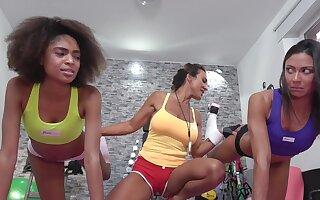 Gym devotees Aubrey Black, Luna Corazon added to Cassie Del Isla weld approximately